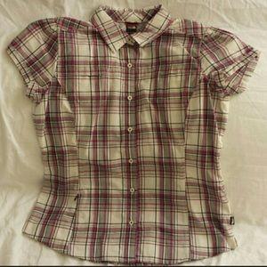 The North Face sport shirt w/hidden pocket